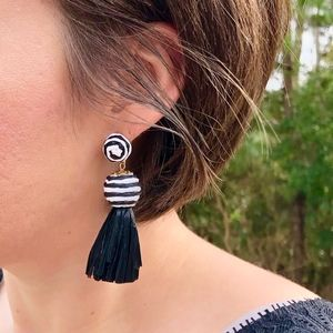 Black & White Raffia Earrings-NWT